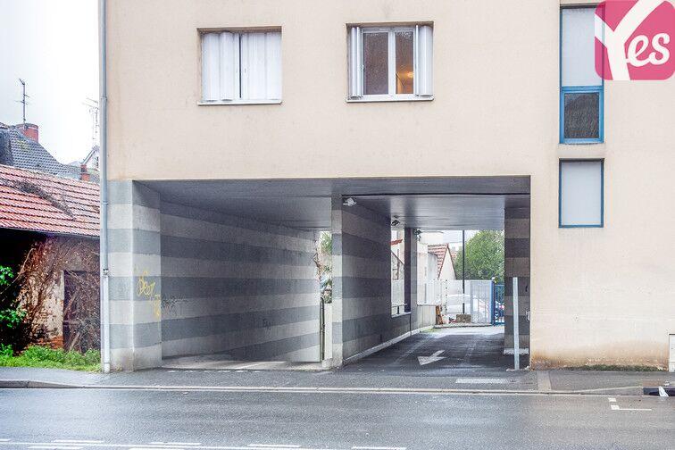 Parking Centre-ville - Les Forges - Montluçon pas cher