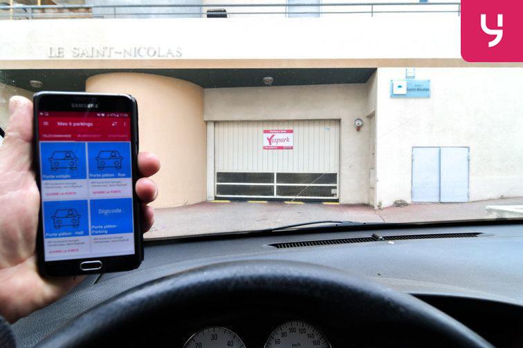 location parking Plateau Notre-Dame - Saint-Raphaël - Places doubles