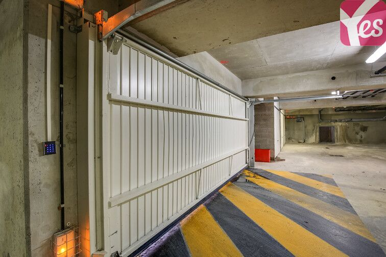 Parking Zone d'activités Les Glaises - Centre-Sud - Palaiseau pas cher