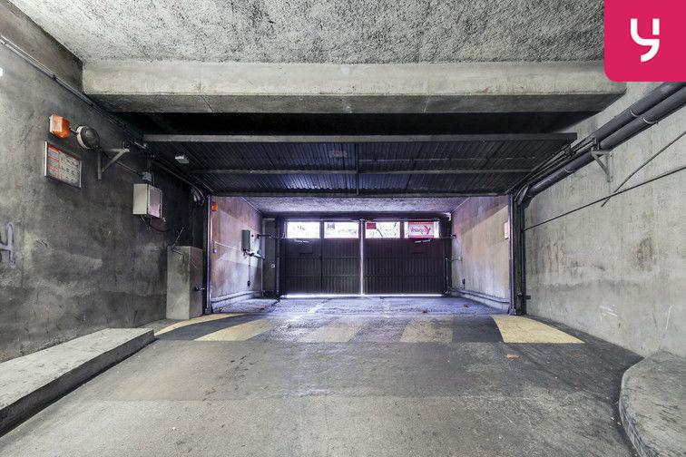 Parking Ecole de Danse - Nanterre (place double) 24/24 7/7