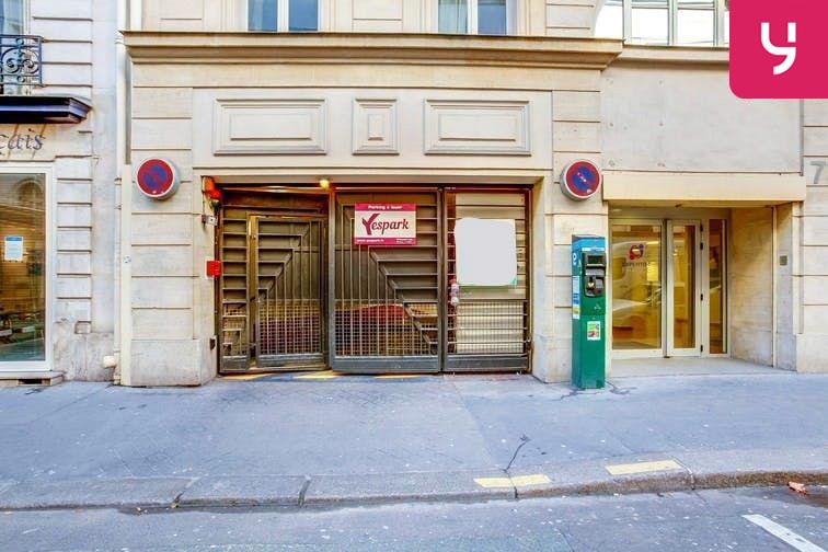 Parking Saint-Placide - Paris 6 (place moto) caméra