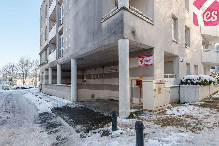 Parking Gare de Plaisir Grignon - Plaisir 112 rue Sevestre