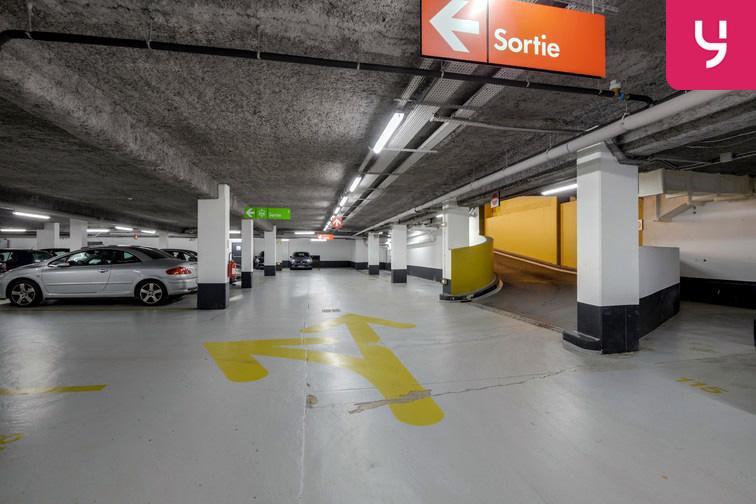 Parking Université de Versailles Saint-Quentin - Montigny-le-Bretonneux box