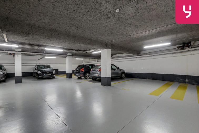 Parking Université de Versailles Saint-Quentin - Montigny-le-Bretonneux sécurisé