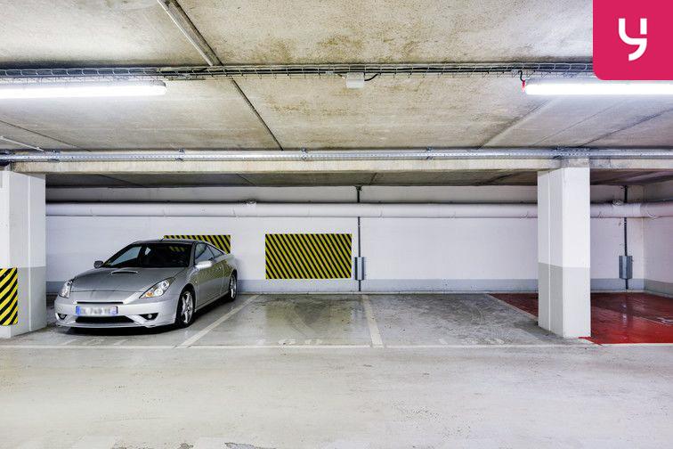 Parking Vélizy 2 - Vélizy-Villacoublay - Places doubles à louer