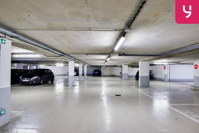 Parking Vélizy 2 - Vélizy-Villacoublay - Places doubles gardien
