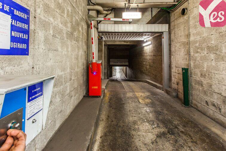 Parking Gare Montparnasse - Paris 15 en location