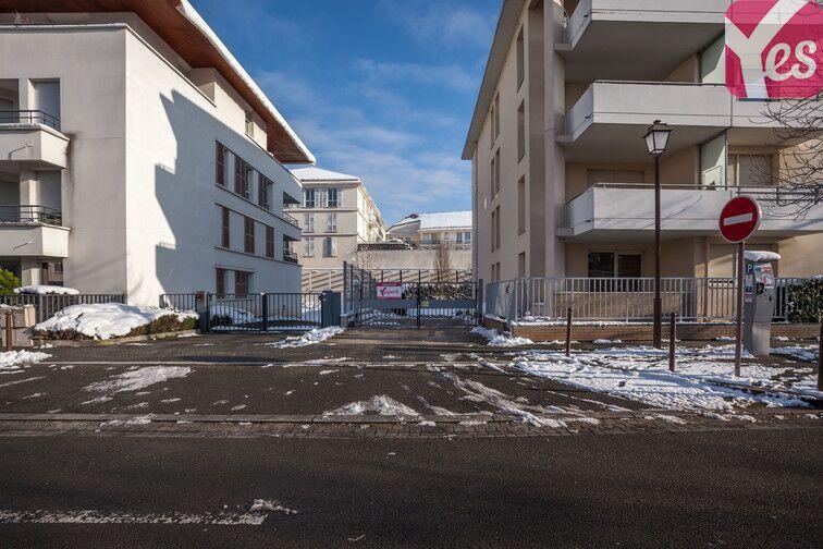 Parking Louise Michel - Mantes-la-Jolie location mensuelle
