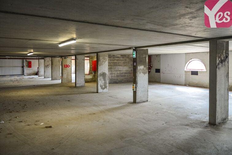Parking Romaniquette - Grande Conque - Istres - Haut location