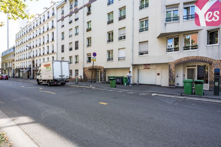 Parking Place du Colonel Fabien - Paris 19 Paris
