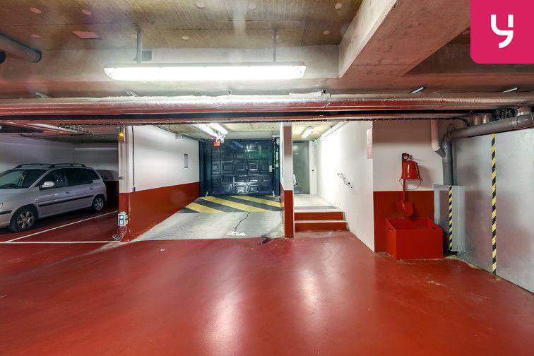 location parking Square Charles de Gaulle - Le Bourget