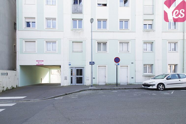 Parking Place Général Mellinet - Nantes box