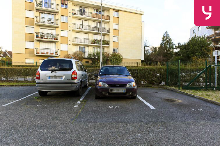 Parking Gare RER Bry-sur-Marne box