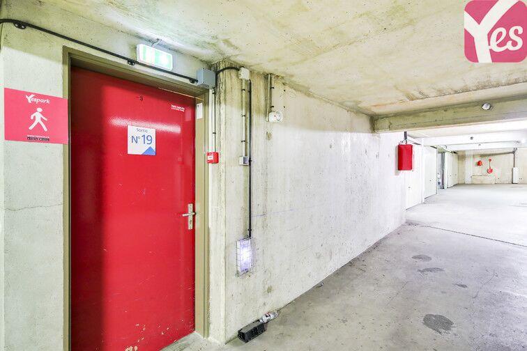 Parking Faubourg de l'Arche - Pôle universitaire - Courbevoie pas cher