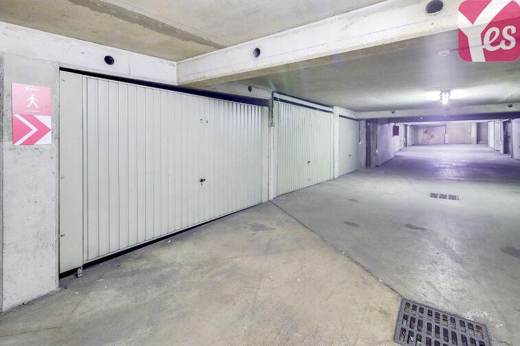 Parking Faubourg de l'Arche - Pôle universitaire - Courbevoie garage