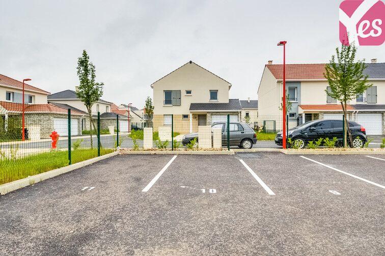 Parking Terroir de Chaalis - Villeron location