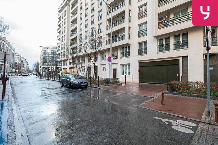 Parking Issy - Val-de-Seine (place moto) 3 rue Maurice Berteaux
