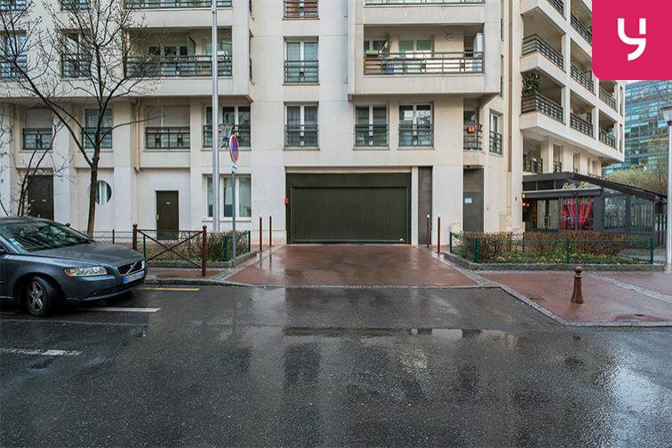 Parking Issy - Val-de-Seine (place moto) sécurisé