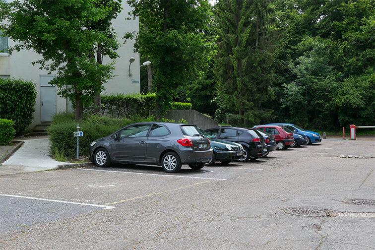 Parking Centre-ville - Dourdan (aérien) sécurisé