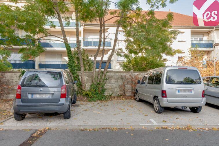 Parking La Poste - Centre Culturel - Villeparisis à louer