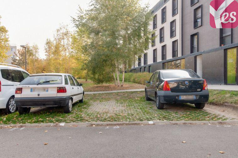 Parking La Poste - Centre Culturel - Villeparisis location