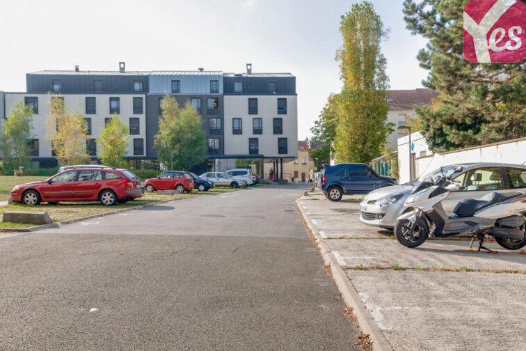 Parking La Poste - Centre Culturel - Villeparisis Villeparisis