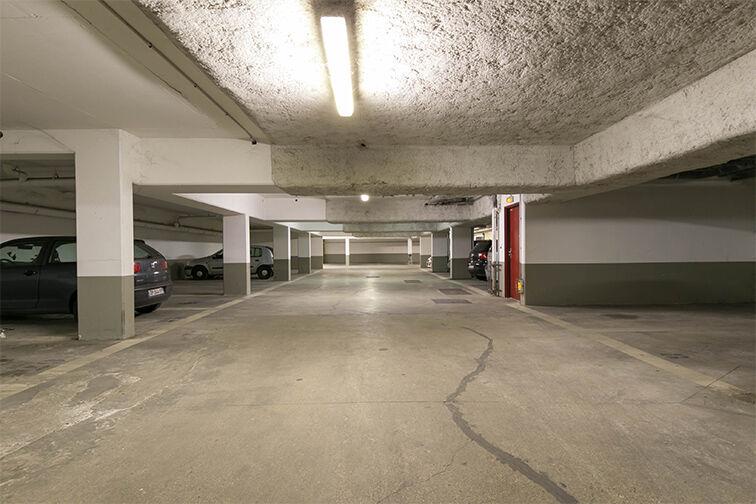 Parking Lumière - Liberté 94260
