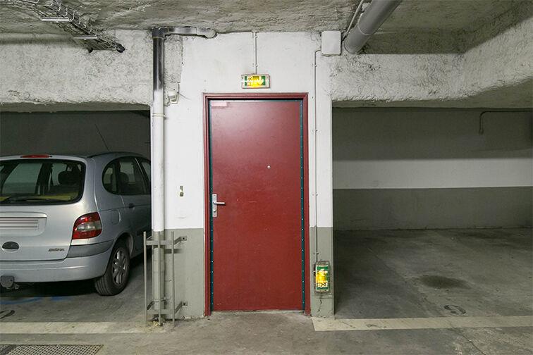 Parking Lumière - Liberté caméra