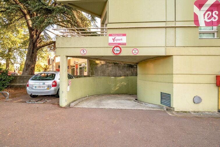 Parking Boulevard Robert Schuman - Nantes sécurisé