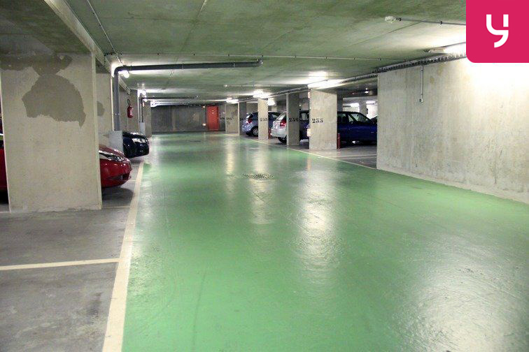Parking Commerce - Felix Faure location mensuelle