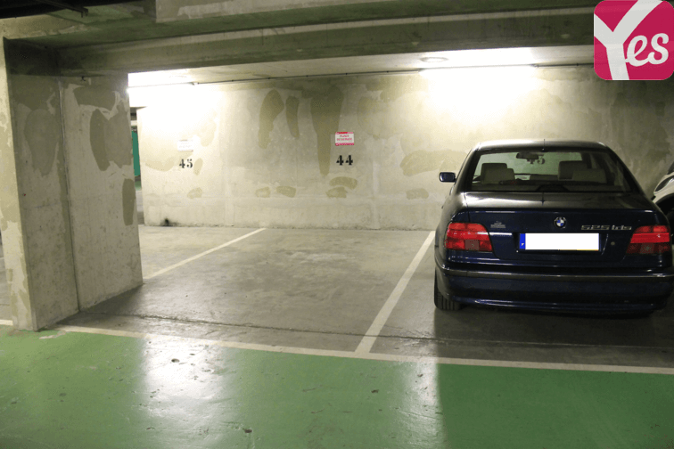 Parking Commerce - Felix Faure sécurisé