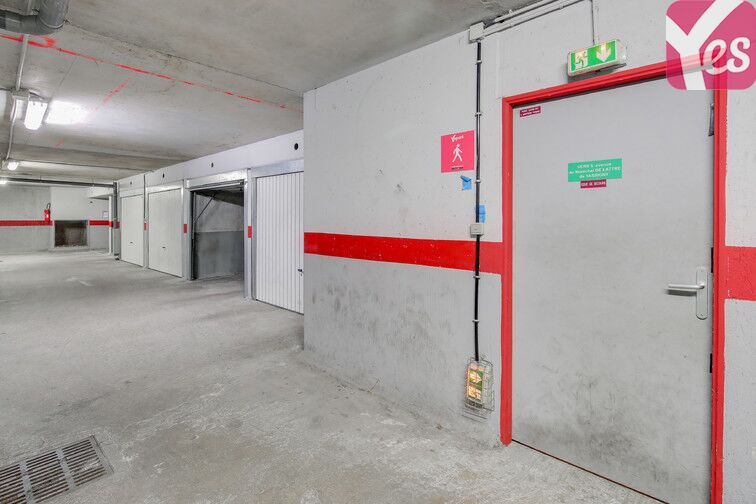 Parking ENS Cachan location mensuelle