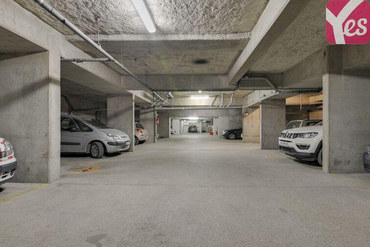 Parking Entrée de ville - Clichy sécurisé