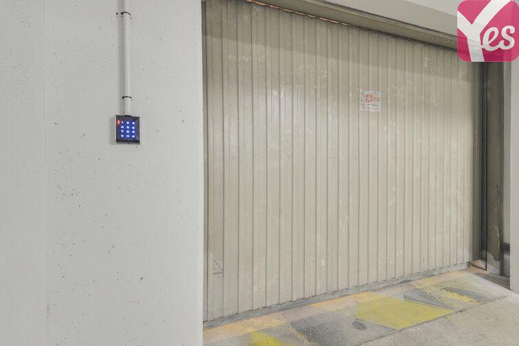 Parking Entrée de ville - Clichy 24/24 7/7