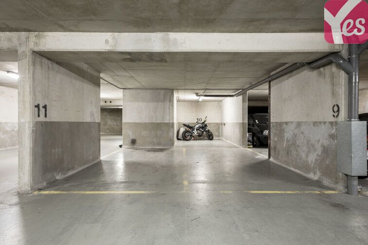Parking Centre-ville - Rue Palloy - Clichy box