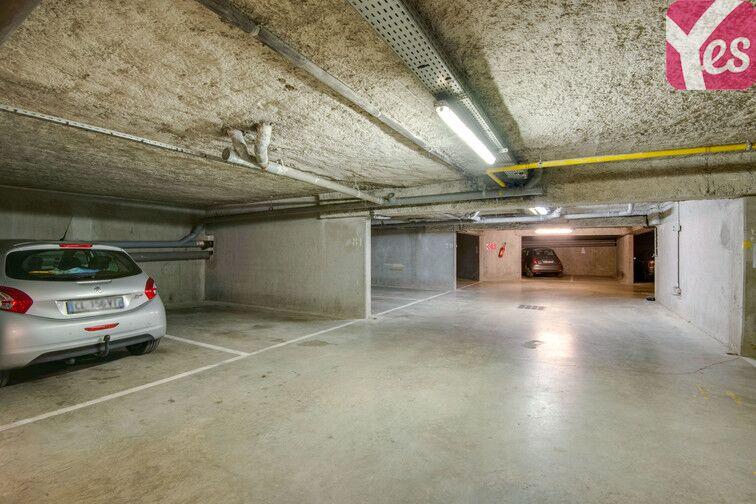Parking Les îles - La Ferme - Place Chabanne - Issy-les-Moulineaux pas cher