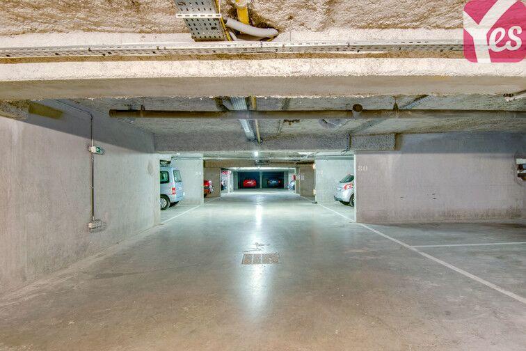 Parking Les îles - La Ferme - Place Chabanne - Issy-les-Moulineaux 24/24 7/7