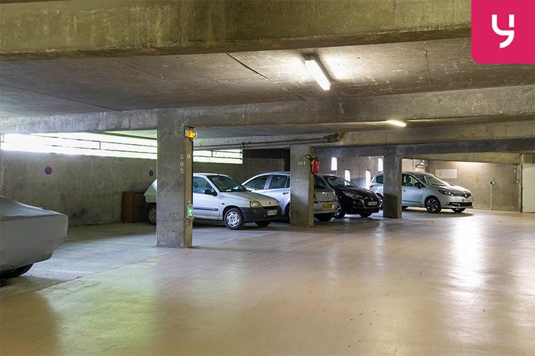 Parking Fouilleuse - Val d'Or - Saint-Cloud caméra