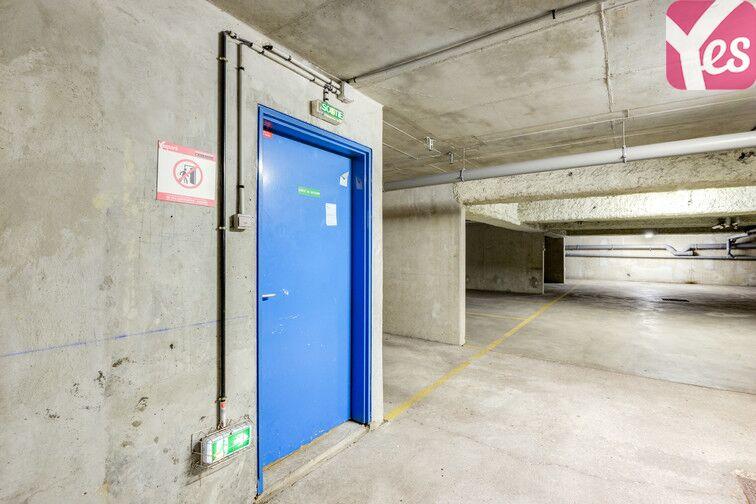 Parking Pasteur - Magenta - Saint-Cloud garage