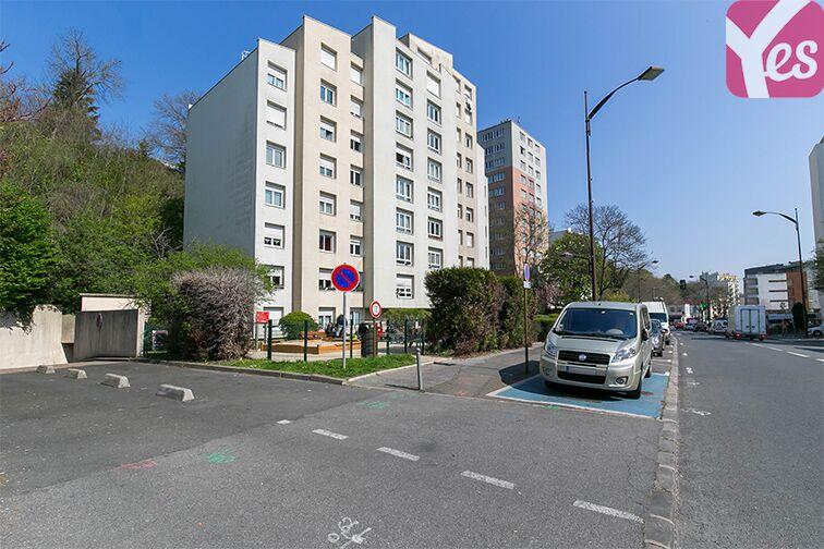 Parking Coteau Rive Droite - Sèvres 24/24 7/7