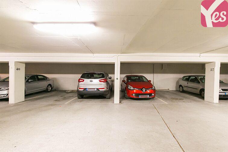 Parking Coteau Rive Droite - Sèvres Sèvres