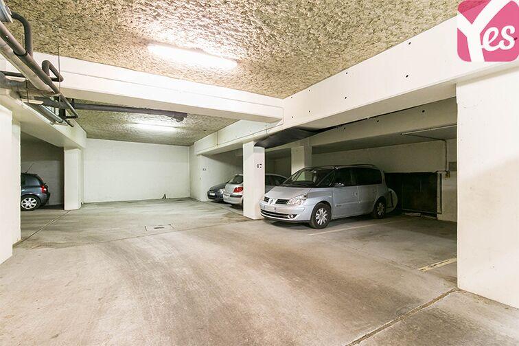 Parking Coteau Rive Droite - Sèvres gardien