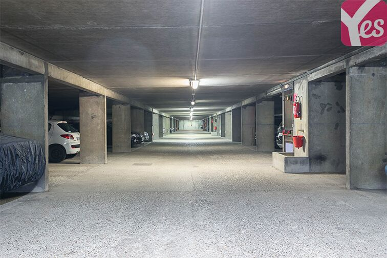 Parking Le Bourget RER - rue du Chevalier de la Barre - Le Bourget location