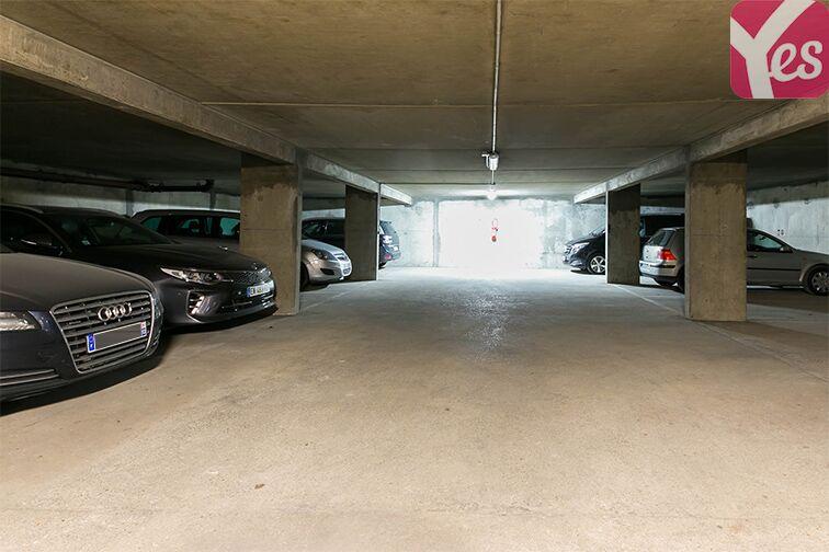 Parking Le Bourget RER - rue du Chevalier de la Barre - Le Bourget gardien