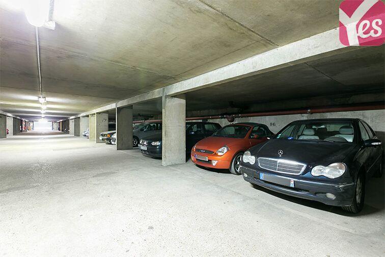 Parking Le Bourget RER - rue du Chevalier de la Barre - Le Bourget sécurisé