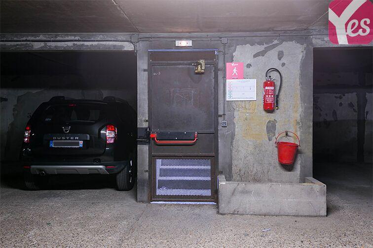 Parking Le Bourget RER - rue du Chevalier de la Barre - Le Bourget box