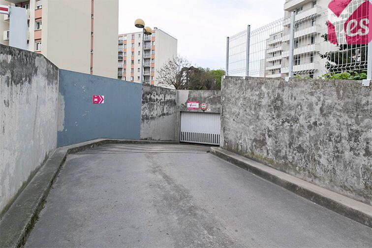 Parking Le Bourget RER - rue du Chevalier de la Barre - Le Bourget caméra