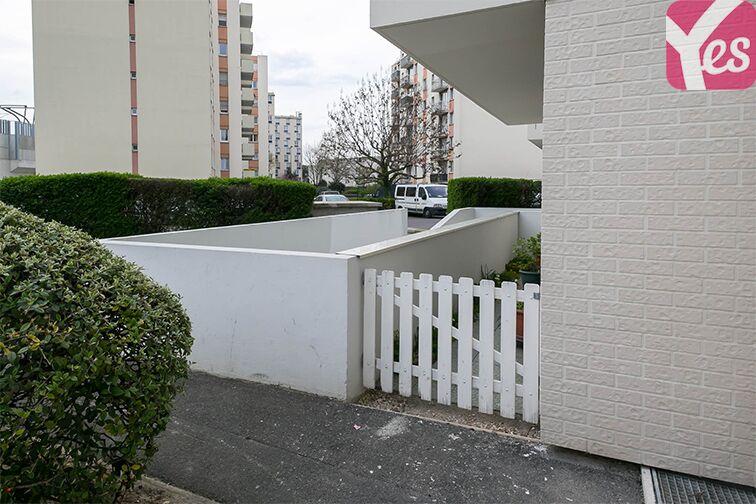 Parking Le Bourget RER - rue du Chevalier de la Barre - Le Bourget pas cher
