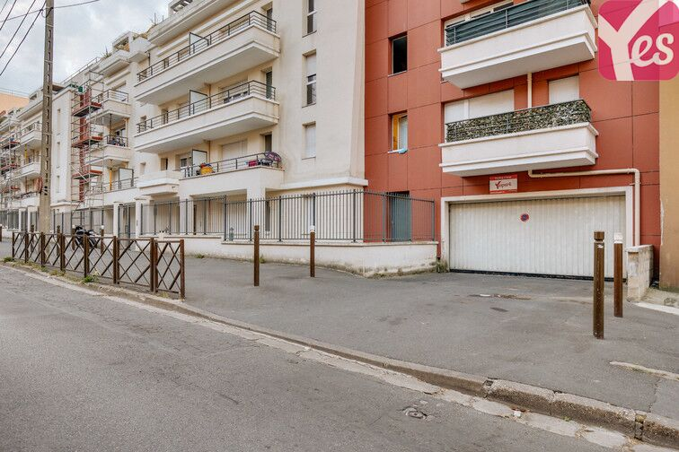 Parking Rue Pachot Laine - Livry-Gargan location