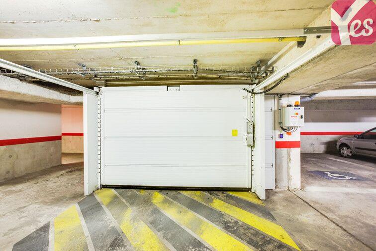 Parking Ruffins - Théophile Sueur - Montreuil caméra